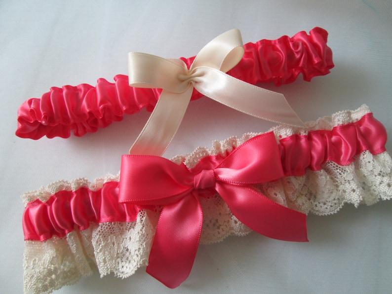 457a18bf1e Podwiązka ślubna koralowa melon różowy podwiązka odrapany