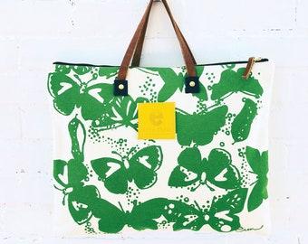 Heavy Canvas Folder Bag in Kelly Green Butterfly print