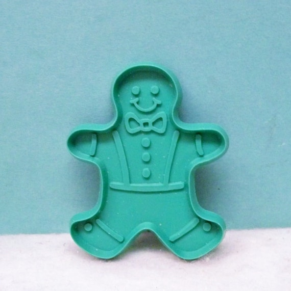 Silhouette Gingerbread Boy Green Hard Plastic Cookie Cutter ~ Copy Crocheted Gingerbread Boy Potholder New ~ Never Used
