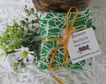 Lavender or Maine Balsam Fir Sachet set of 3 Green with White Flowers Free Shipping Ready to Ship