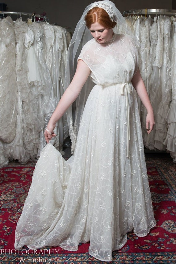 Wedding Gown Vintage Couture Designer Embroidered… - image 1