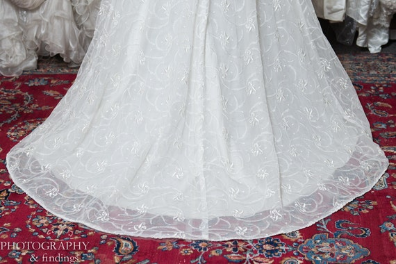 Wedding Gown Vintage Couture Designer Embroidered… - image 5