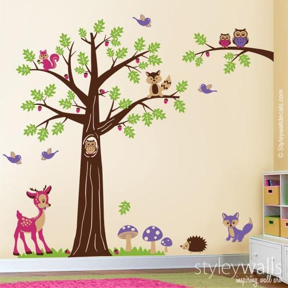 Wald-Baum-Tiere Wandtattoo, Kinderzimmer Wand Aufkleber Wald Wald Tiere  Bambi Reh Eulen Eichhörnchen Waschbär Baby Kinder Zimmer-Kunst-Dekor
