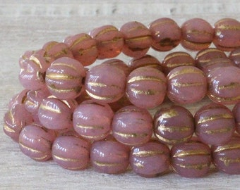 50 - 5mm Melon Beads 5mm - Czech Glass Beads For Jewelry Making - Fluted Glass Beas - Milky Pink With Gold Wash - 50 Beads