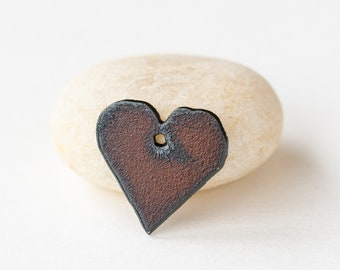 Small Rusted Iron Heart Pendant For Jewelry Making - 25mm (1 inch)  - 1 Pendant