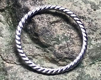 Platinum twist band, stackable platinum ring, skinny band, thin platinum ring, 950 platinum, halo ring, 1.4mm twisted platinum band
