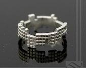 Tetris Ring - Sterling Silver - Solid wedding band, interlocking blocks - Retro geeky gamer ring