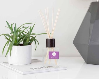 Lavender Reed Diffuser Oil Fragrance Home Decor Dorm with Natural Undyed Reeds