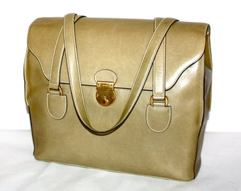 7b584a5f1fc Vintage GUCCI Tote Olive Leather Large Floldover Locking Briefcase Handbag  - AUTHENTIC-