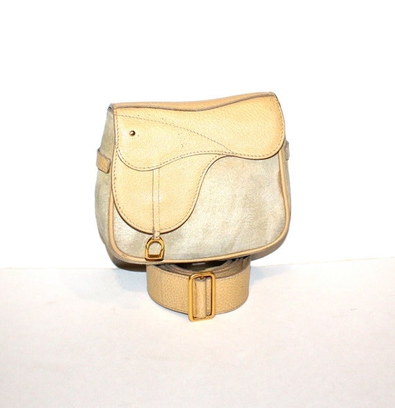 cbc24a7f5d GUCCI Belt Bag Clutch Light Tan Suede Leather Fanny Pack