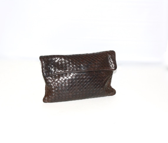 c0d79f8706d Vintage BOTTEGA VENETA Clutch Intrecciato Dark Brown Leather   Etsy