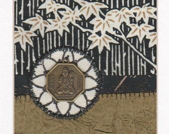 """Textile Collage Crazy Quilt Art brodé asiatique Bouddha pièce d'érable feuille de Lotus fleur prête à encadrer 10 """"x 8"""""""