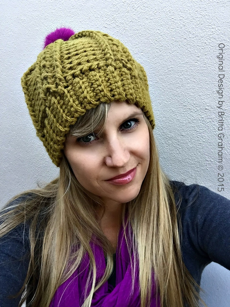 92a58c8be0c Womens Cable Beanie Crochet Pattern for chunky yarn No.250