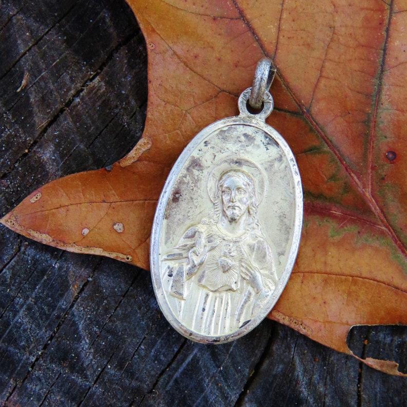 Vintage Sacred Heart of Jesus Medal  Italy image 0