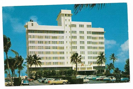 E593 Chrome Advertising Postcard 6x9 Bathing Beauty Florida