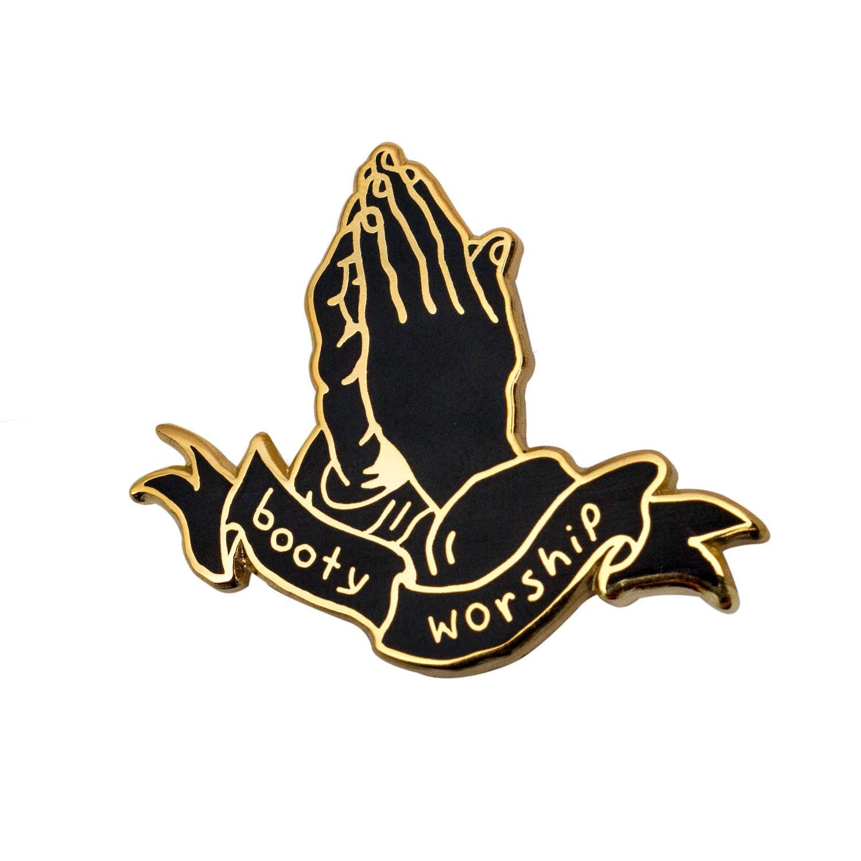 Ass Worship Com booty worship gold pin. hard enamel butts ass worship lapel pin.