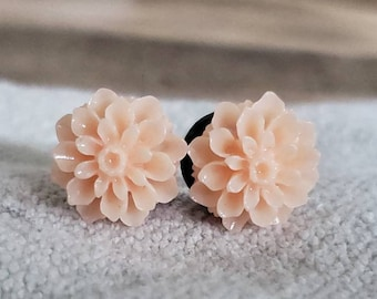 24mm Pink and baby blue lace flower plugs!