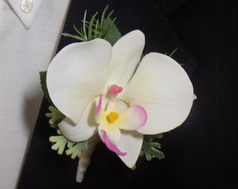 Boutonniere - White/Pink Orchid Boutonniere - Phalaenopsis Orchid Boutonniere - Prom Boutonniere - Wedding Boutonniere