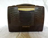 Vintage RCA Victor Tube Radio Brown Bakelite