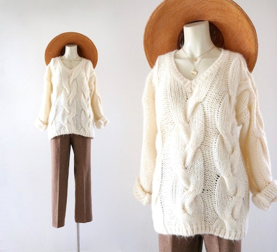 cable knit sweater - m