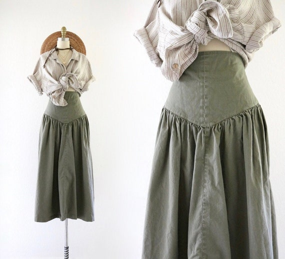 high waisted skirt - 25 - image 1