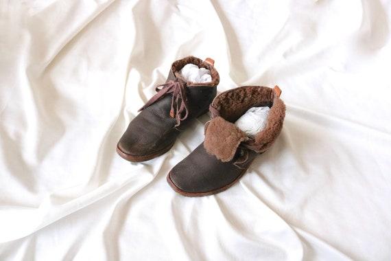 1970's shearling - sheepskin boots 9