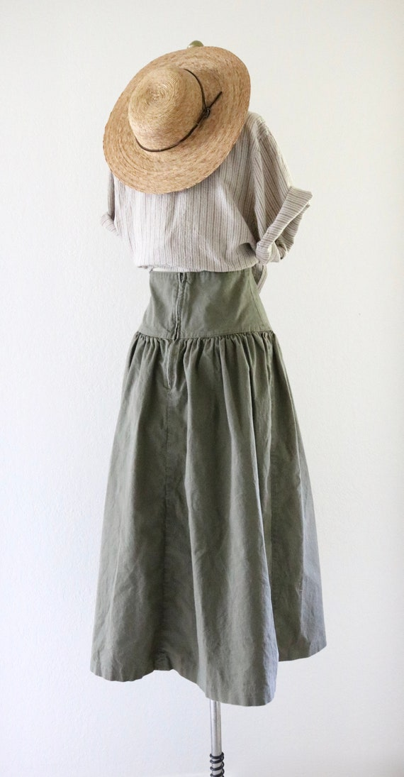 high waisted skirt - 25 - image 5