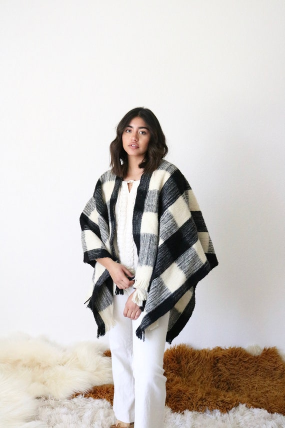 1970's buffalo plaid blanket poncho