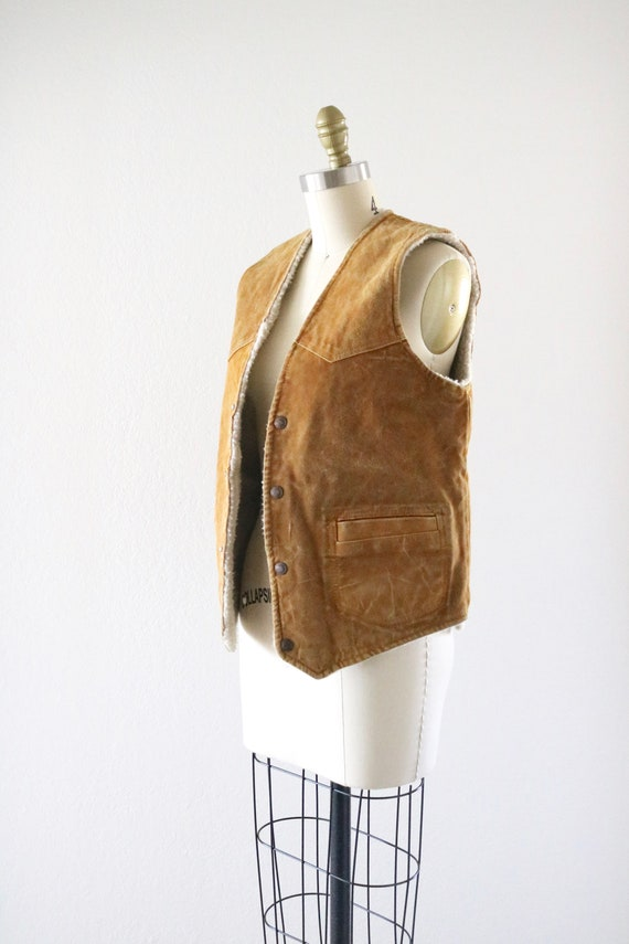 1970's suede sherpa vest - image 4