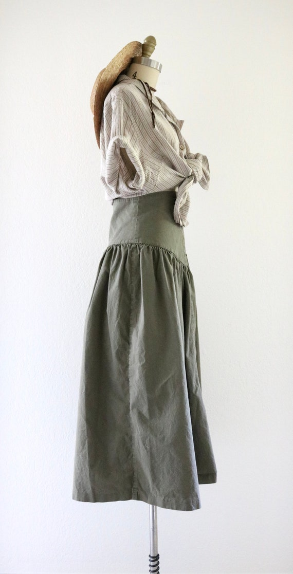high waisted skirt - 25 - image 4