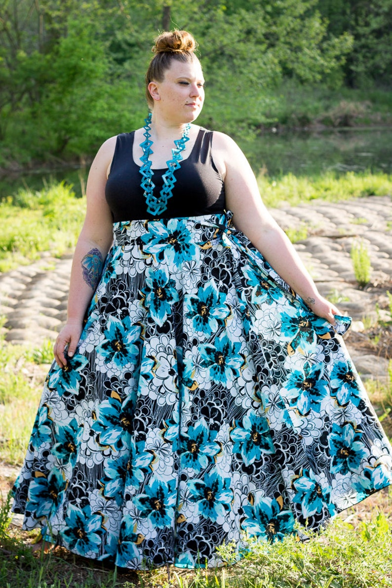 97db55d5c1e Floral Maxi Skirt   Women plus size High Waist