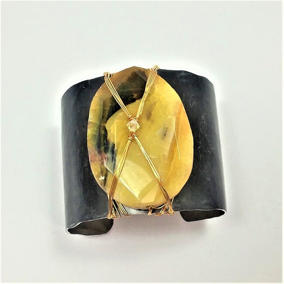 Golden Agate w/Black Matrix Cuff