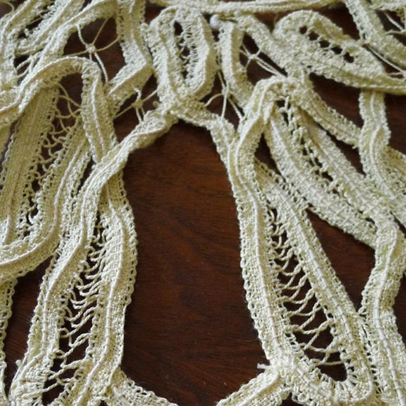 Antique 1980/'s Victorian Neck Bib Branscombe style Handmade Tape Lace Ecru Beige Collar 100/% organic Cotton