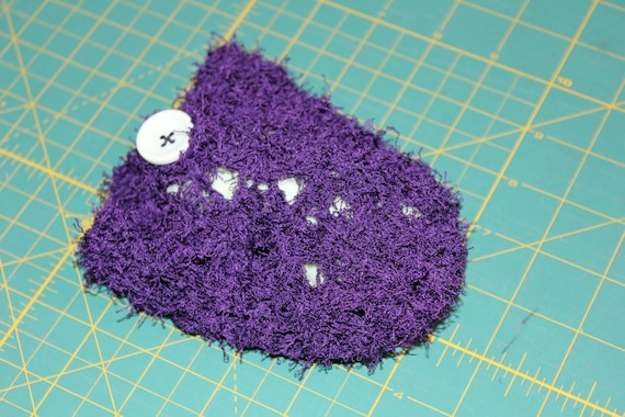 5197 Crocheted Purple and White Scrubby on a Plastic Spoon