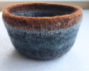 Large Wool Felted Bowl, Gray, Blue, Brown Knit Felted Bowl, Wool Art Bowl, Eco Friendly, Home Decor Bowl