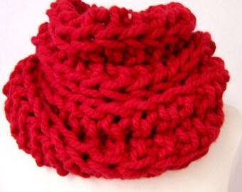 Big Chunky Knit Red Cowl, Tall Big Knit Cowl Red, Big Knit Red Ribbed Cowl, Large Knit Cowl Red, Fashion Trends, Big Knit Red Circle Scarf