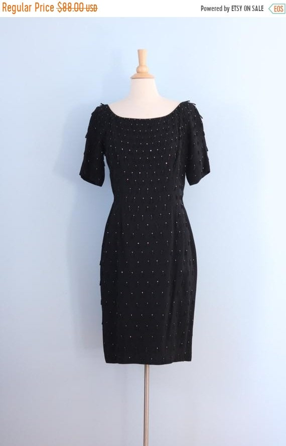 SALE 1960s black cocktail dress / 60s little black