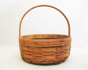 Vintage Longaberger 10 inch Round 1989 Primitive Basket