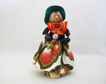 Vintage Doll, Folk Art Nut Female Doll, Handmade Rustic Primitive Decor
