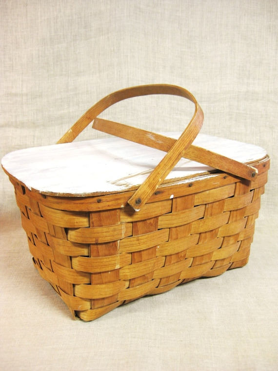 & Vintage Picnic Basket Woven Splint Sewing Storage Craft