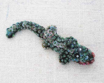 Vintage Alligator Brooch, Beaded Sequin Pin