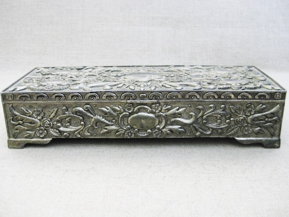 Vintage Quilted Leatherette Trinket Jewelry Box