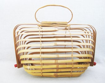 Vintage Bamboo Purse, Accordion Style Folding Basket Handbag