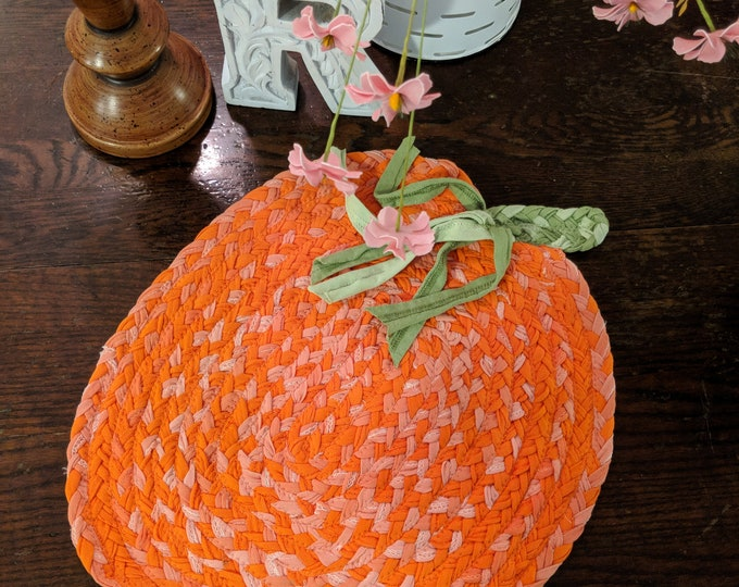 "15""x 18 pumpkin cotton braided rug"