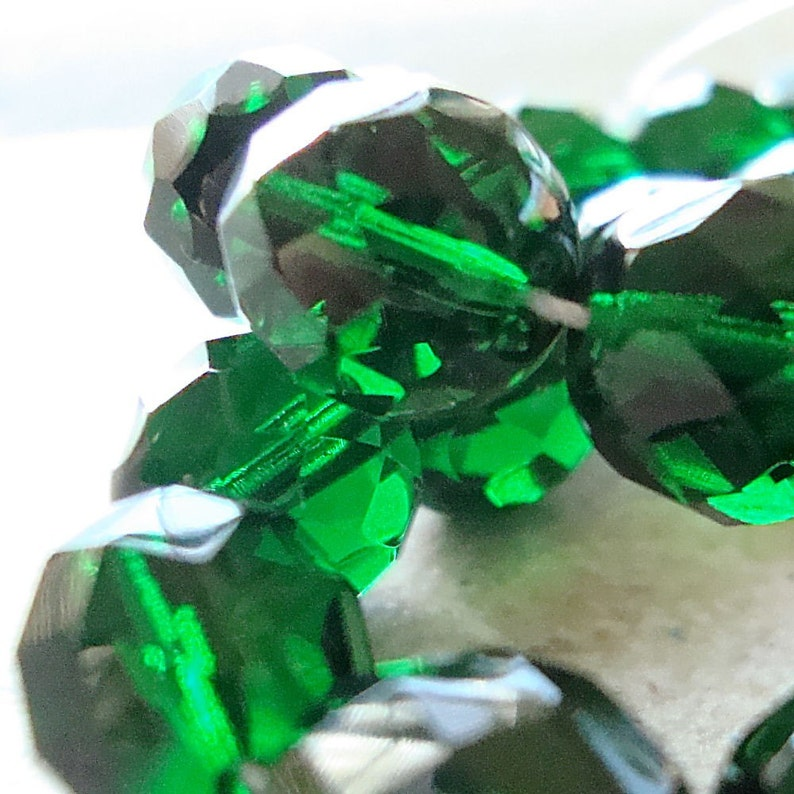Czech Glass Beads 12mm Emerald Green Faceted Round  10 Pieces image 0
