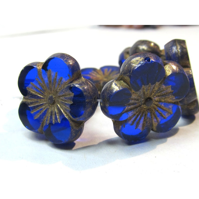 Five Petal 22 X 6mm Two Sided Hibiscus Glass Flower in a image 0