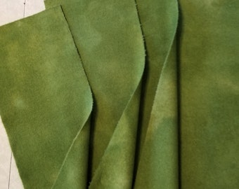 Hand dyed wool fabric - ivy green wool - rug hooking - cedar green - applique and crafts - quilting - primitive wool - 0248