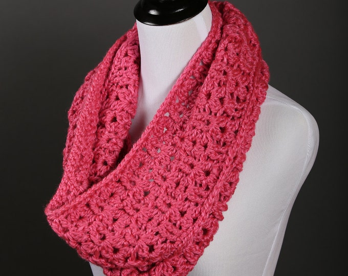 crochet cowl pattern. crochet pattern, cowl pattrn, womens cowl pattern, scarf pattern, crochet cowl, ashley crochet cowl