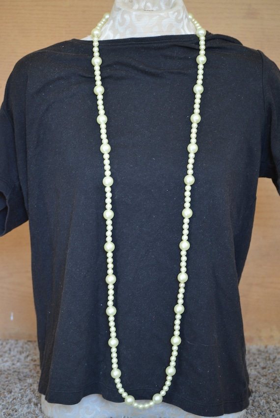 26 inch Double Strand 70s80s Ivory Beaded Necklace