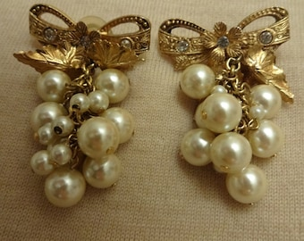 Vintage Dangle Cluster Pearl Earrings with Bow